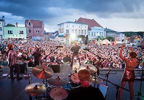 Blick von der Bühne Richtung Publikum beid er NDR Sommertour